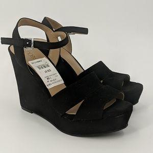 NWT ABOUND Velvet Platform Sandals